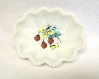 Beaded Edge Crimped Oval Nappy, Hand Painted Strawberries, Westmoreland Glass Company