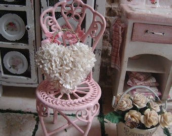 Dollhouse Miniature Shabby Chic Vintage White Vintage Style Wall Art Vintage Heart Shaped Flowers Wall Decor