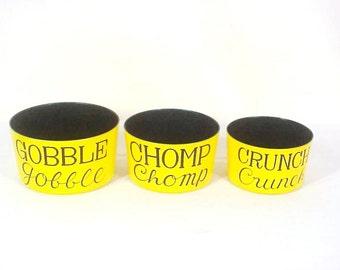 Seymour Mann Mod Yellow Enameled Snack Set; Mid Century Nesting Snacks Bowls