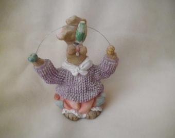 Vintage Resin Rabbit Figurine Juggling Easter Eggs and Lettuce Easter Bunny Decoration Vintage