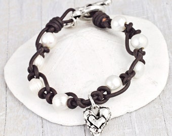 Pure Heart Bracelet - Pearl Jewelry - Romantic Bracelet  -Leather Bracelet -B359