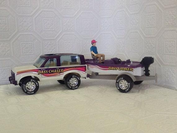 nylint bass chaser truck trailer boat figurine. Black Bedroom Furniture Sets. Home Design Ideas