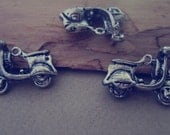 10pcs  Antique Silver Electric car Charms 17mmx22mm