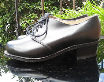 1970s does 1940s new old stock dress shoes - Sz 5.5D