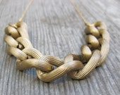 simple gold bold chain necklace