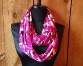Knit infinity scarf - Pink Poppy