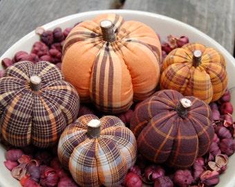 Primitive Halloween Pumpkin Ornies, Yellow, Orange, & Blacks Mix