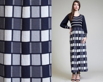 Vintage Navy Blue White Checked Striped 70s Maxi Dress // Ribbed // Mod //Hippie Boho // Long Sleeves // Metallic Silver