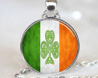Irish Flag  Pendant, Irish Flag Necklace, Shamrock Pendant, Shamrock Necklace (PD0403)