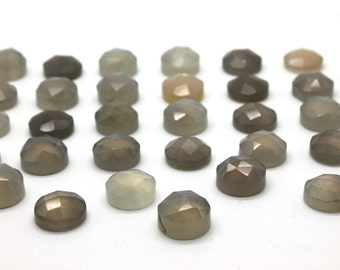 GCF-1154 - Grey Chalcedony Faceted Cabochon - Round 10mm - Gemstone Cabochon - AA Quality - 1 Pc