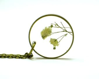 Baby's Breath Necklace, real flowers, resin jewelry, Pressed Flower Jewelry, Resin Necklace,  Brass Jewelry, monocle