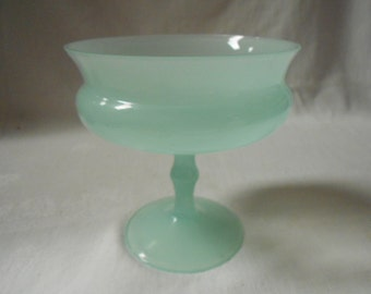 French Vintage Green Opaline Glass Footed Compote / Bowl (A958)