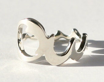 OMMM*** beautiful Sterling Silver Ring, Yoga, Om, polished, adjustable
