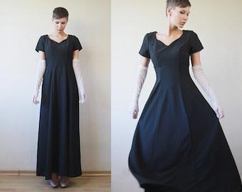 Black floor length wide skirt sweetheart neck evening maxi dress Small