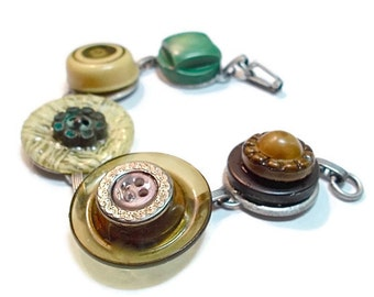 Vintage Button Bracelet Celluloid Bakelite Hipster Boho Upcycled