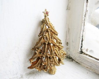 Vintage Christmas Tree Brooch in Gold Tone with Red Stone on Top