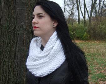 Infinity Scarf, Chunky, Crochet, White, women's circle scarf