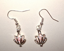 Pick A Pearl Cage Silver Plated Clam Shell Pattern Leaf Flower Pattern Earrings