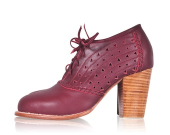BREEZE. Oxford shoes women / oxford heels / leather oxfords / womens oxfords / leather oxford shoes. Available in different leather colors.