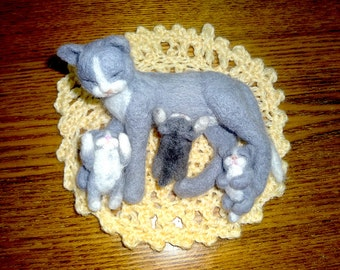 OOAK Needle Felted Family of Cats - Cat Mother with Three Her Kittens on Rug