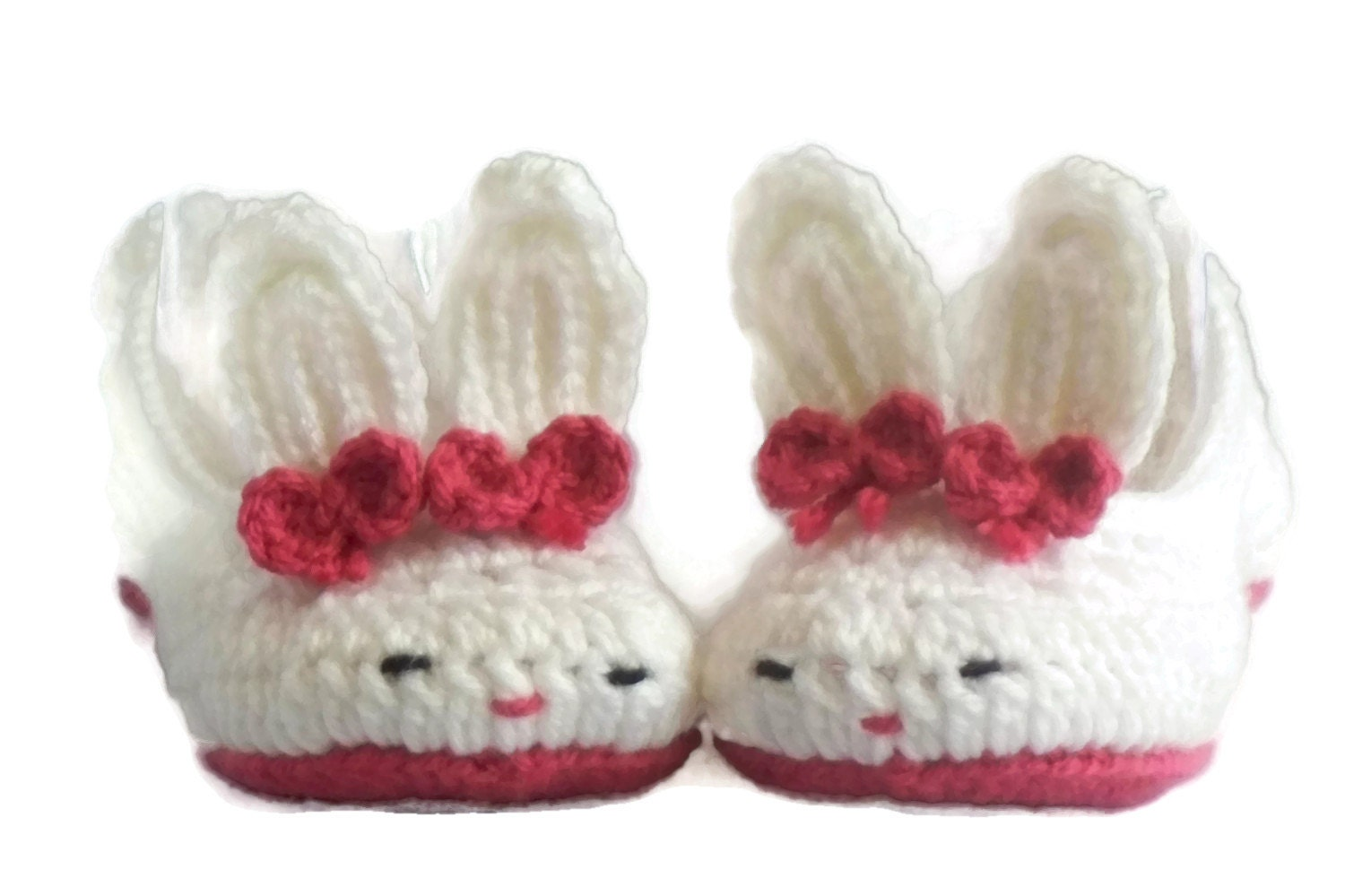 In addition to the adult sizes, we also carry children's bunny slippers for those small cottontail enthusiasts. Our collection of bunny themed slippers is unparalleled. With bunny slippers for kids to adult bunny slippers, we have something for an entire family of bunny enthusiasts.