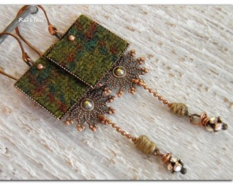 "Bohemian earrings, tribal ""My bohemian tweed"" tweed cap khaki-iridescent Swarovski crystal-copper metal and oxidized"