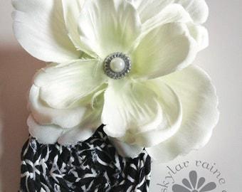 HAIR CLIP - Black and white hair clip - Boutique style hair clip - White flower hair clip - wedding hair clip