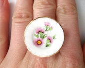 Pink flower patterned plate ring