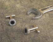 Titanium Formula 1 bolt cufflinks made using Honda F1 racecar parts - Silver color car part cuff links