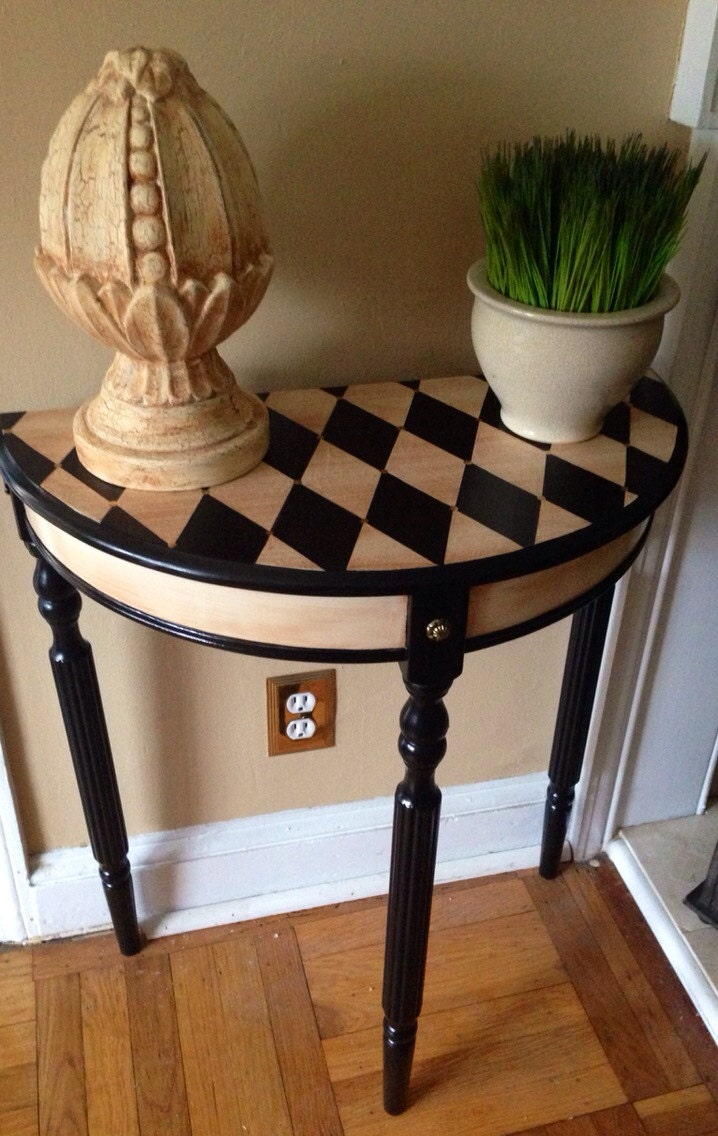 Hand painted console table harlequin design for Painted foyer tables