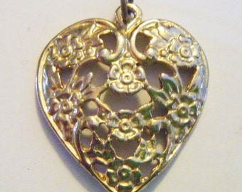 Vintage  Gold Filigree Heart Pendant