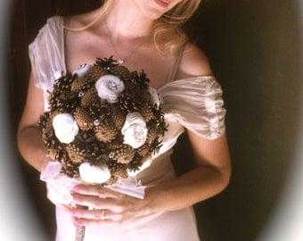 Bridal Rustic Bouquet - Pine Cone Bouquet - Winter Wedding Bouquet
