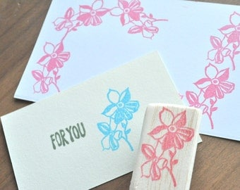 hand carved rubber stamp -flower- perfect for cards,gift wrapping,art,decoration,wedding