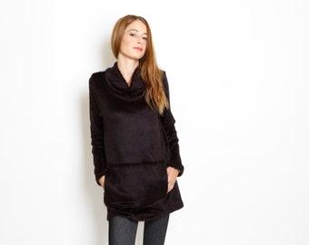 Long Sleeve Sweater, luxurious fuzzy knit, long line, black
