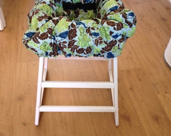Hula Moon High Chair Cover/ Shopping Cart Cover in Sparrow