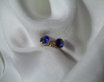 14kt Gold Blue Sapphire Stud Earrings