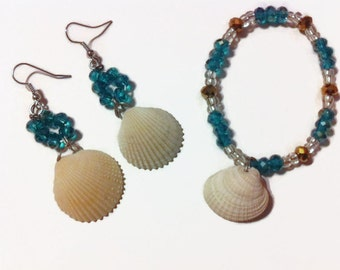 Blue and Gold Seashell Bracelet set, Beach jewelry, shell jewelry, gift ideas, texas jewelry, natural shell bracelets, Shell Earrings,