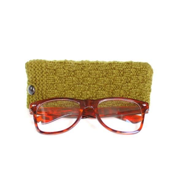 SALE - 50% OFF. Olive Green Glasses Case. Green Reading Glasses Case. Eyeglasses or Sunglasses Holder. Knit Glasses Case.