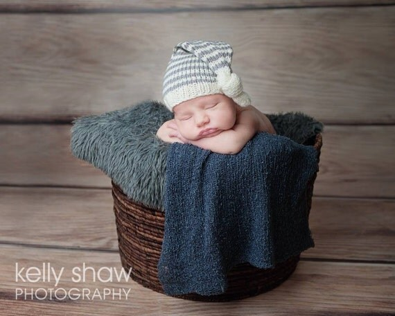 Knitting Pattern Baby Hat Worsted Weight Yarn : Knitting Pattern/DIY Instructions Baby Pixie Hat