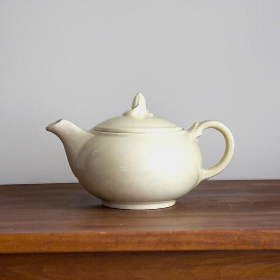 Vintage LuRay Pastels Teapot Pale Yellow Persian Cream