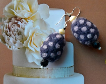 A Set of Funky  Polka Dots Purple Felt Beads Earrings with Beads and Pearls