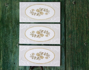 Retro ceramic tiles with oval floral pattern