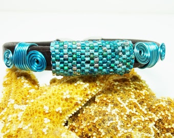 Bead Woven Leather Bracelet, Leather Bracelet with Wire Work and Bead Weaving, Turquoise Beaded Leather Bracelet
