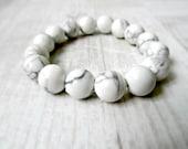 Chunky Howlite beads bracelet / Black and white stone bracelet / Genuine Minimalistic Semi precious stones / Europeanstreetteam / LikeFreja