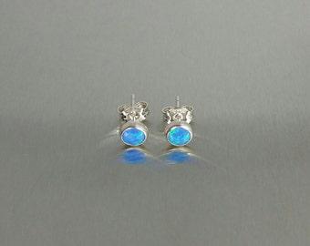 Opal Stud Earrings (6mm)