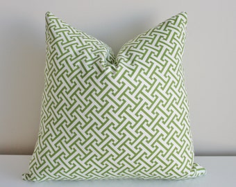 18 inch patterned pillow cover/case in apple green zig zag basket weave with zipper