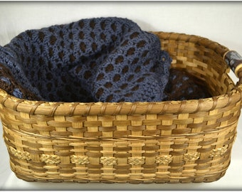 "BASKET PATTERN ""Sue"" Large Gathering Basket, Pet Bed, Baby Photo Shoot, Afghans or Quilts"