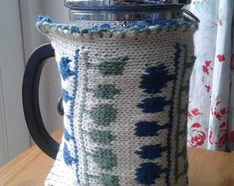 Knitted cafetiere French press cosy scandi pattern