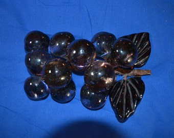ON SALE  Vintage Cluster of Glass Grapes with Two Large Leaves