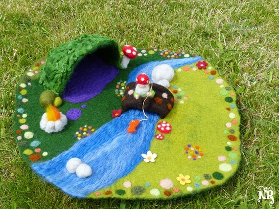 on order playmat felted wool waldorf gnome pixie fairy tale. Black Bedroom Furniture Sets. Home Design Ideas